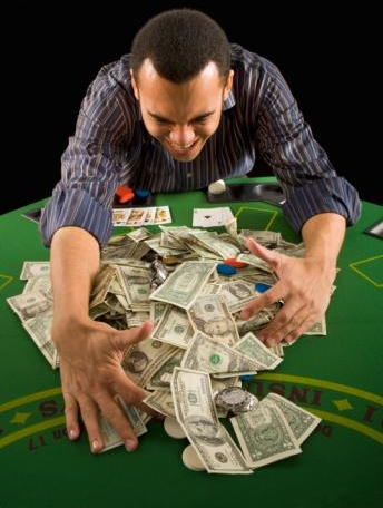 Learn to win playing Online Poker!